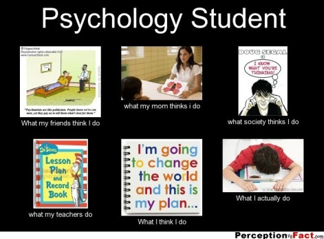 frabz-Psychology-Student-What-my-friends-think-I-do-what-my-mom-thinks-ba55e7